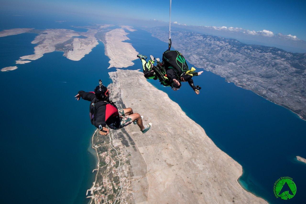 skydiving-zadar-croatia-freefly-cameraman.jpeg